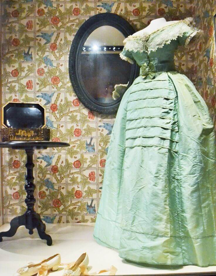 Chartreuse toxic dress from late 1700s