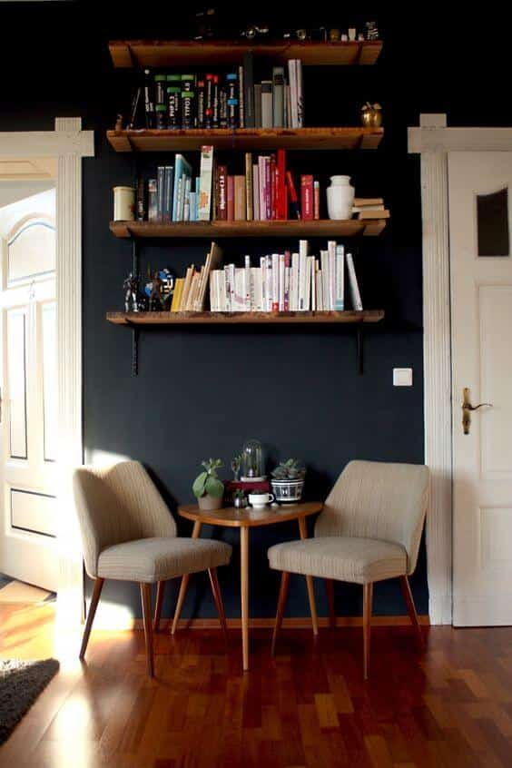 Holiday decor ideas - reading area with painted walls